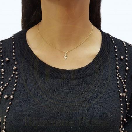 Chaîne pendentif tellement chic moderne  en Or 18 carats
