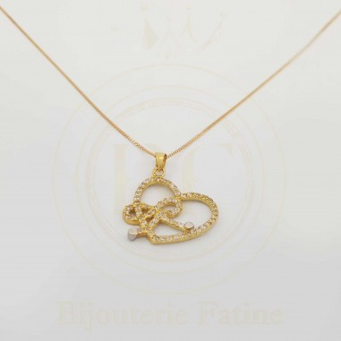 Chaîne pendentif tellement belle en or 18 carats