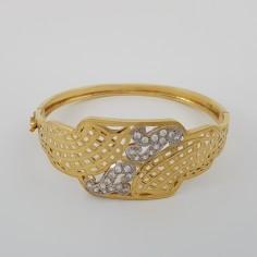 Bracelet en or 18 carats avec des petites pierres