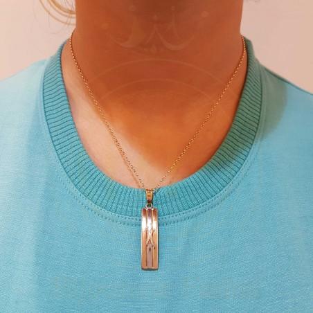 Chaîne Pendentif 179 avec un design simple et attrayant en or 18 carats